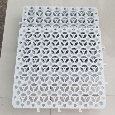 新料白色蓄排水板